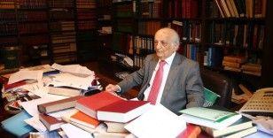 Prof. Dr. Fuat Sezgin'in Almanya'da el konulan kitapları için uzlaşmaya gidildi