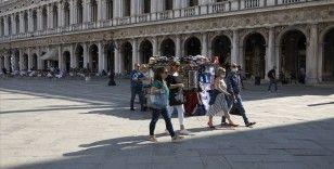 İtalya'da Kovid-19'dan ölenlerin sayısı 34 bin 788'e yükseldi