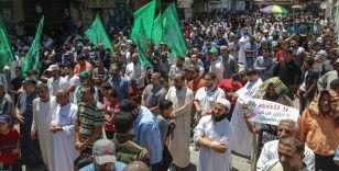 İsrail'in 'ilhak' planı Gazze'de binlerce kişinin katıldığı yürüyüşle protesto edildi