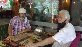 Ümraniye'de sosyal mesafeli Yeşilçam konseptli kafe açıldı