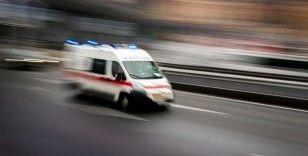 Takla atan otomobildeki 4 kişi kazayı yara almadan atlattı