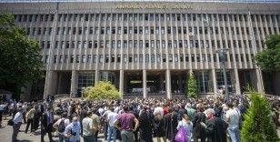 Ankara Barosu avukatları çoklu baro düzenlemesini protesto etti