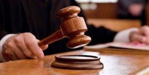 40 günlük bebeğini, eşini ve üvey kızını bıçaklayan sanık hakim karşısına çıktı