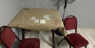 Düğünde salonunda kumar oynarken basıldılar 28 bin TL ceza yediler