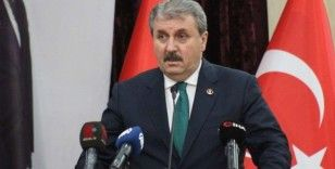 BBP Genel Başkanı Destici'den Ayasofya açıklaması: 'Zincirler kırıldı, Ayasofya ibadete açıldı'
