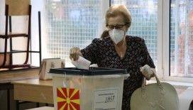 Kuzey Makedonya'da halk erken genel seçim için sandık başında