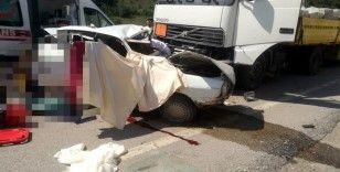 Kastamonu'da tır ile otomobil çarpıştı: 3 ölü