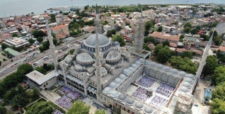 Vali Yerlikaya ve Emniyet Müdürü Aktaş, Ayasofya Camii'nde son hazırlıkları inceledi