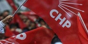 CHP Kurultayı'nda demokrasi manifestosu oylanacak.