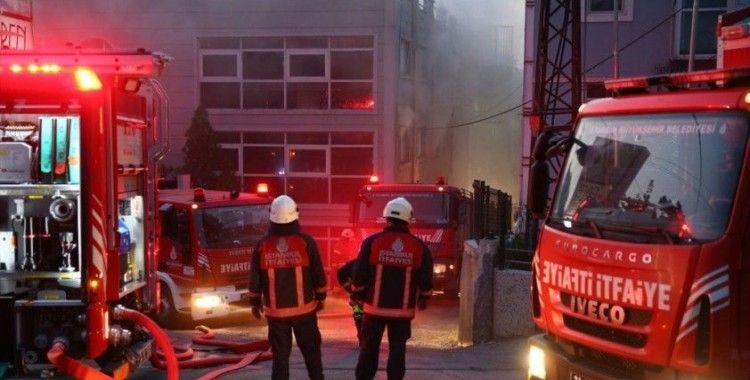 Gayrettepe'de bir iş merkezinde patlama