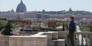 İtalya'da Kovid-19'dan ölenlerin sayısı 35 bin 123'e yükseldi