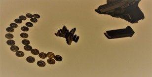 Kırıkkale'de 23 adet altın sikke ele geçirildi