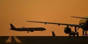 Aeroflot koronavirüs testi olmayan yabancıları taşımayı reddedecek
