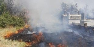 Mezarlıkta korkutan yangın