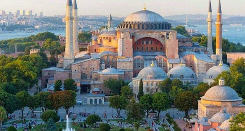 Ayasofya'nın yeniden camiye çevrilmesi