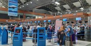 İstanbul'daki havalimanlarında Kurban Bayramı yoğunluğu