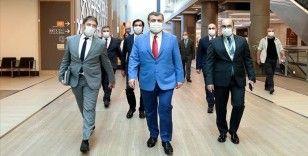 Sağlık Bakanı Koca, Başakşehir Çam ve Sakura Şehir Hastanesini ziyaret etti