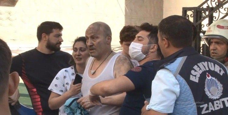 Esenyurt'ta yangın paniği: 4 kişi kurtarıldı