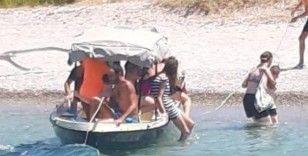 Facia 'geliyorum' demiş: 4 kişilik tekneye 9 yolcu almış