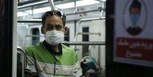 İran'da Kovid-19 nedeniyle son 24 saatte 215 kişi hayatını kaybetti