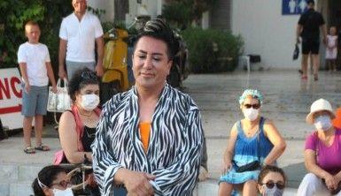 Murat Övüç eylemci kadınlar tarafından kovuldu