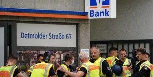 Berlin'de silahlı banka soygunu girişimi: 1 yaralı