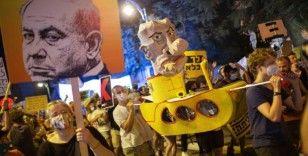Oğul Netanyahu İsrail'i karıştırdı: Eylemlerdeki bu uzaylılar babamı güldürüyor