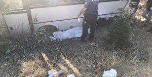 Yolcu otobüsü Aselsan personelini taşıyan minibüse çarptı: 1 ölü, 2'si ağır 8 yaralı