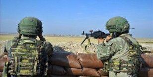 2 bölücü terör örgütü üyesi Şırnak'ta güvenlik güçlerine teslim oldu