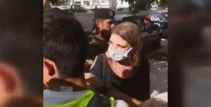 Lübnanlı protestocular Adalet Bakanı'na suyla saldırdı