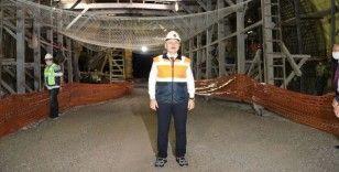 Ulaştırma ve Altyapı Bakanı Karaismailoğlu Honaz Tüneli'nde incelemelerde bulundu