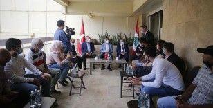 Cumhurbaşkanı Yardımcısı Oktay ve Bakan Çavuşoğlu Beyrut'taki patlamada yaralanan Türklerin aileleriyle görüştü