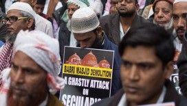 Prof. Dr. Toker: Babri Camisi yerine Hindu tapınağı yapılması Müslümanları sindirme çabasıdır
