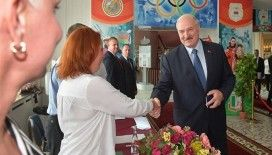 Belarus'ta resmi olmayan sonuçlara göre seçimi Lukaşenko kazandı