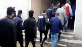 İstanbul'da değnekçilere operasyon: 20 gözaltı