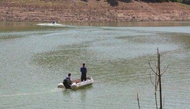 Kayıp Gülistan için suda ve karada aramalar sürüyor