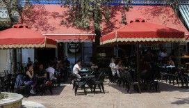 Yunanistan'da Kovid-19 vakalarının artması nedeniyle tedbirler sıkılaştırılıyor