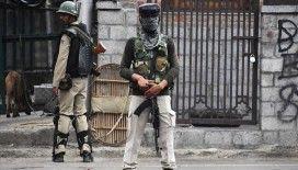 Hindistan, Cammu Keşmir'den 10 bin paramiliter askeri geri çekiyor
