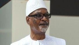 Mali'de askeri darbe devlet başkanının istifasıyla sonuçlandı