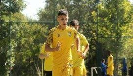 Yeni Malatyaspor'un genç yeteneği Burak Efe dikkat çekiyor