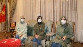 Üçüz kardeşler tıp fakültesini kazandı