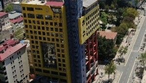 Dünyanın en saçma binası yıkılacak