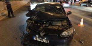 Bursa'da Otomobil minibüse arkadan çarptı: 6 yaralı