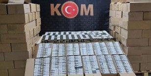 İzmir'de sahte nargile tütünü operasyonu: 2 gözaltı