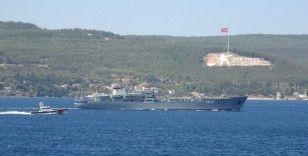 Rus savaş gemisi 'Andreevsky' Çanakkale Boğazı'ndan geçti