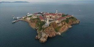 Demokrasi ve Özgürlükler Adası'ndaki ilk etkinlikte '12 Eylül darbesi' konuşulacak