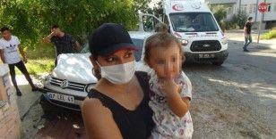 Bebek koltuğu ve kemer 3 yaşındaki çocuğu hayata bağladı