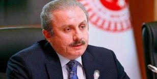 Türkiye'nin ilk 'Bayrak Müzesi' 9 Eylül Üniversitesi'nde açıldı