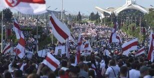 Sırbistan, Belarus'ta yapılacak olan Slav Kardeşliği tatbikatından çekildi