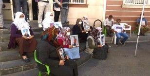 HDP önündeki ailelerin evlat nöbeti 372'nci gününde